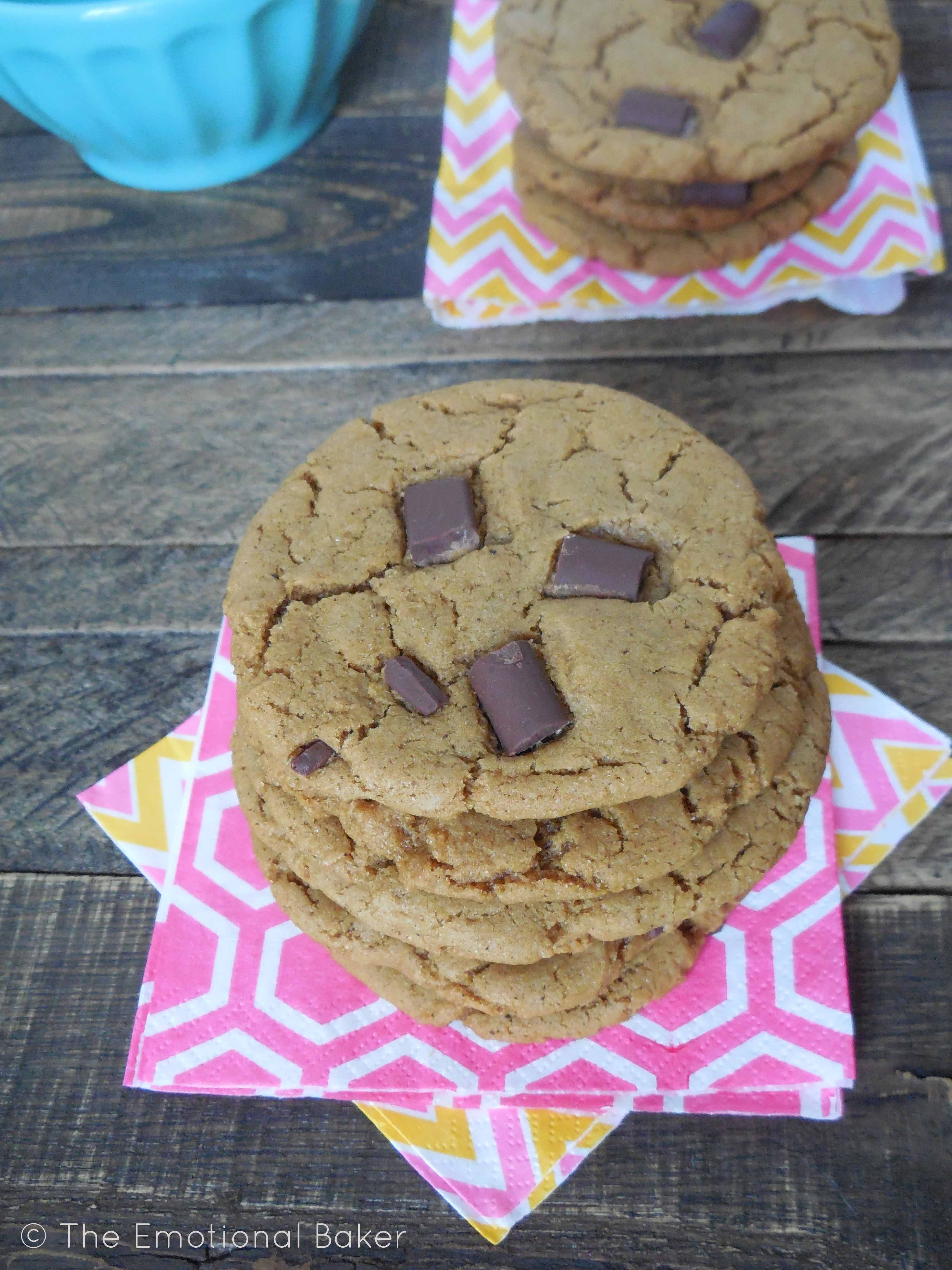 Gingerbread Chocolate Chunk Cookies | The Emotional Baker