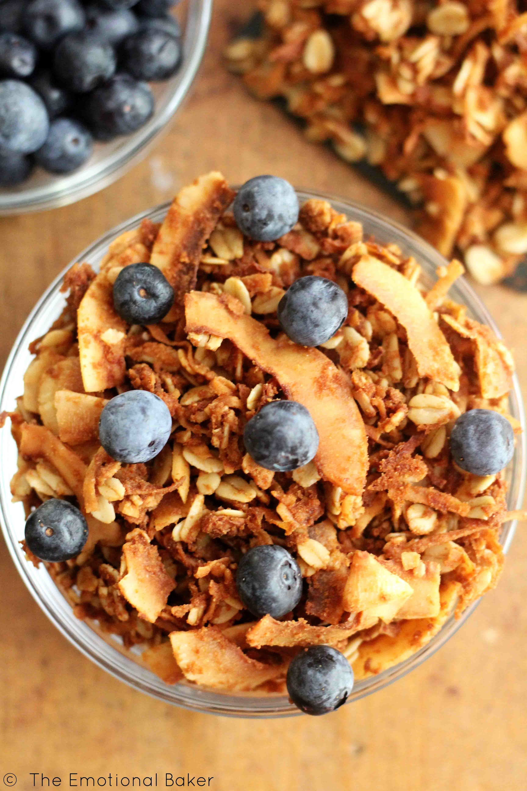 Coconut Granola | The Emotional Baker